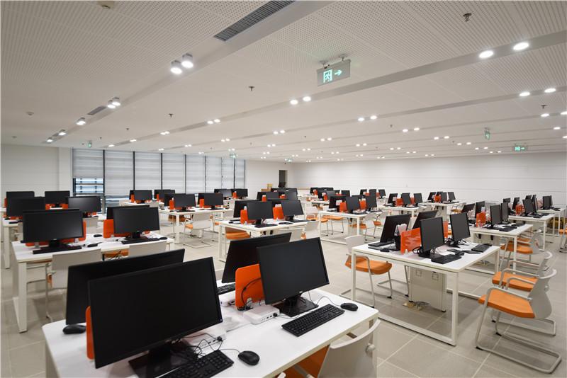 电子阅览室.jpg