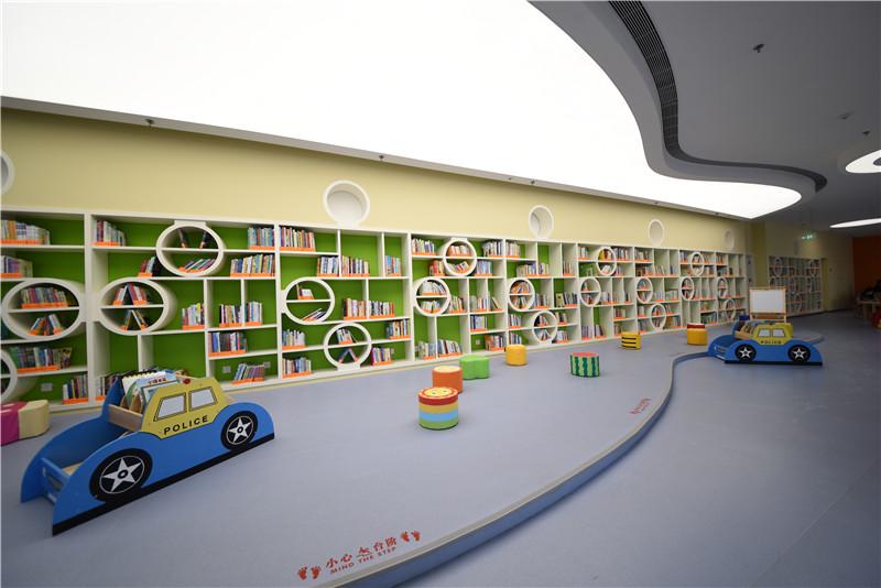 亲子阅览室.jpg